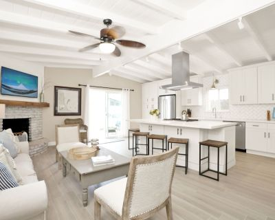 Newly Remodeled in Spring 2019 5 Bedroom 3 Bath Duplex - West Newport