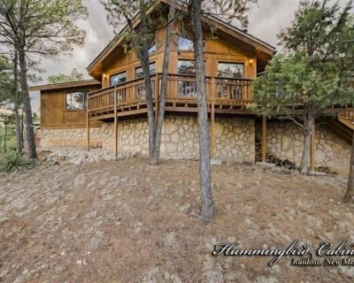 Antler Mountain Chalet: 'Pointed in your Direction!' - Ruidoso