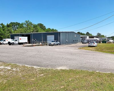 8000 SF Warehouse for Sublease