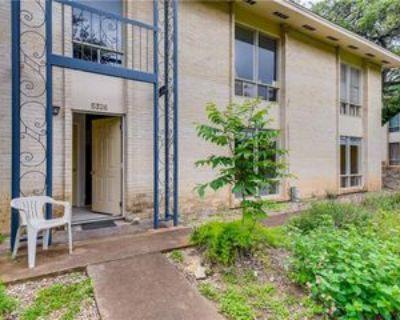 5326 Balcones Dr #B, Austin, TX 78731 2 Bedroom Condo