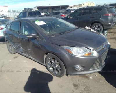 Salvage Gray 2014 Ford Focus