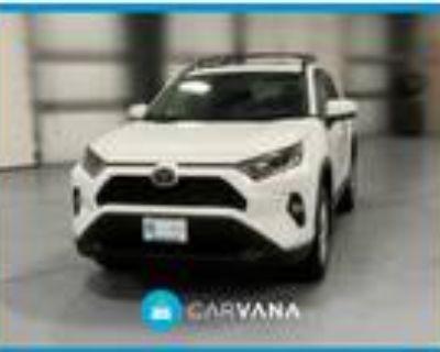 2020 Toyota RAV4 White, 8K miles