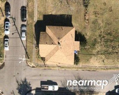 2 Bed 1.0 Bath Preforeclosure Property in Portsmouth, VA 23704 - Peninsula Ave