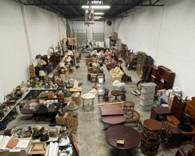 Home Staging Warehouse Liquidation