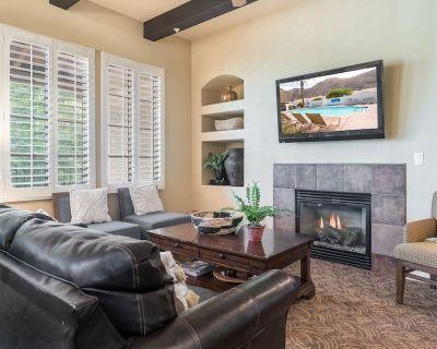 Classy Legacy Villa with Mountain View, Pools & Gym   Walk to Spa 3BR #100164 - La Quinta