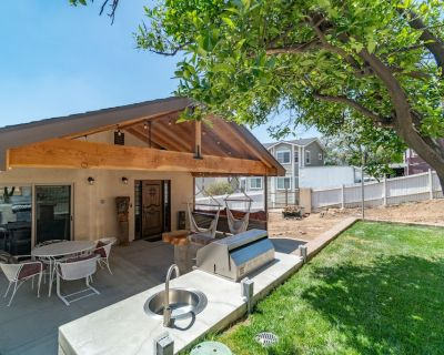 BRAND NEW HOME | VIEW, FIRE PIT, BBQ & PUTTING GREEN - Orange
