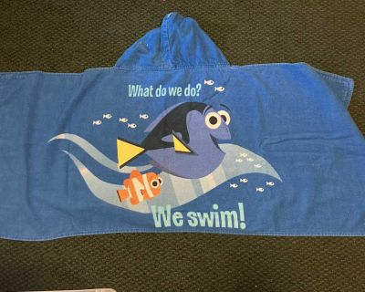 Child s Finding Dory Hooded Towel