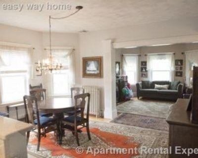 54 Quincy St, Medford, MA 02155 4 Bedroom Apartment