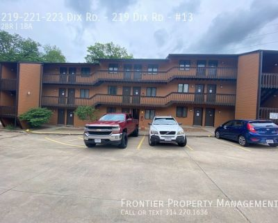 Large two bedroom apt in Jefferson City