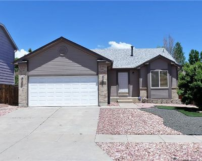 Open Concept 4 Bed Rancher (MLS# 27881950) By Bobbi Price