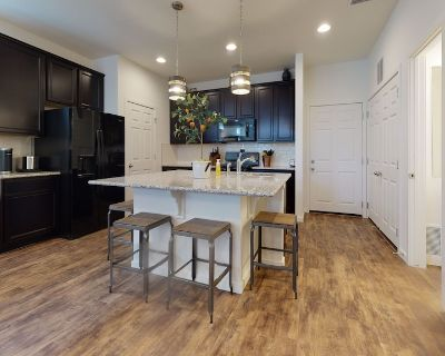 Colorado Springs New Build*Only 10 minutes to Peterson AFB, St. Francis Hospital*Pool*Clubhouse - Colorado Springs