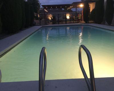 Swimming Pool: Memorable El Paso Getaway: 4 Bedroom, close to Airport, Ft Bliss. - Pebble Hills Park