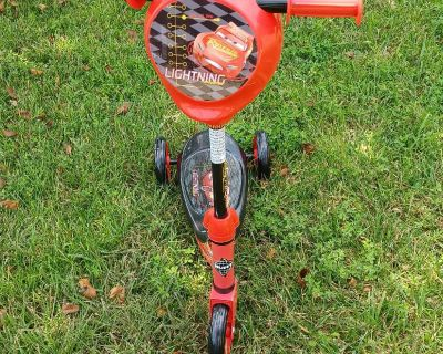 Huffy scooter. Never used. Grandson was too tall.