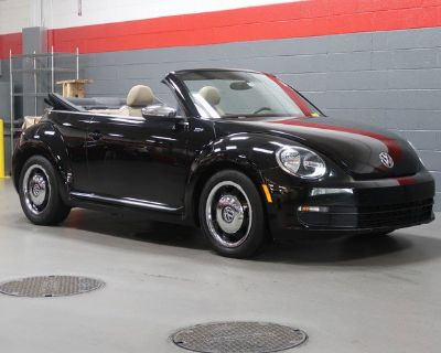 Pre-Owned 2013 Volkswagen Beetle Convertible 2.5L 50s Edition