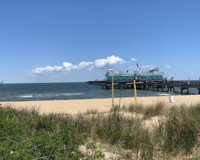Cozy Historic Beach House only Steps Away from Beach and Fishing Pier! - Willoughby Spit