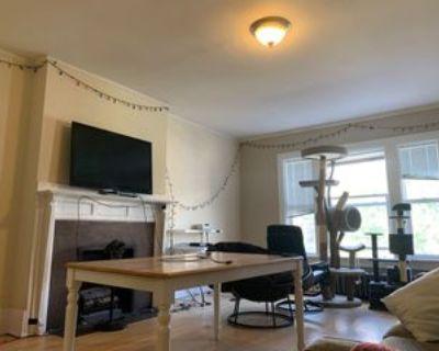 1030 North Marshall Street #7, Milwaukee, WI 53202 4 Bedroom Apartment