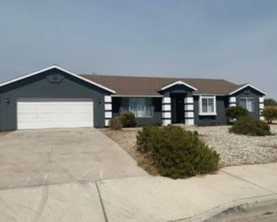 22396 Hurons Ave, Apple Valley, CA 92307 3 Bedroom Apartment