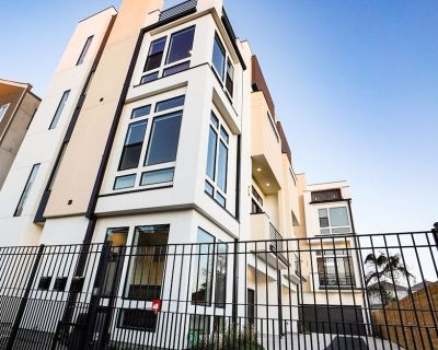 Spacious Luxury Modern 3BD near Medical Center and Downtown Houston. - Greater Third Ward