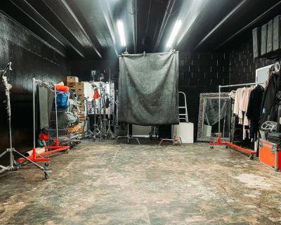 Warehouse Style Studio, Orlando, FL