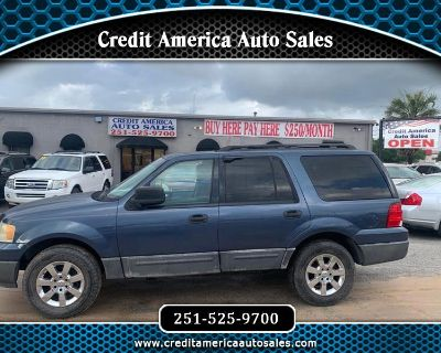 2005 Ford Expedition XLS 2WD
