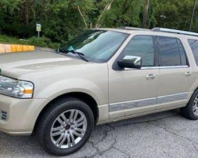 2008 Lincoln Navigator Standard