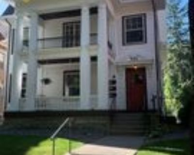 532 Portland Ave #2, St. Paul, MN 55102 4 Bedroom Apartment
