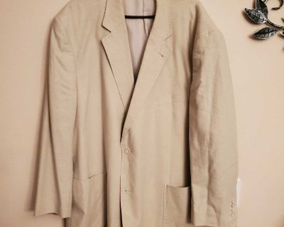 56R, CM SILVER EDITION, TAN SPORTS COAT, EXCELLENT CONDITION, SMOKE FREE HOUSE