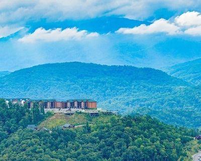 1 bedroom villa at the Smoky Mountain Resort (Unit 4) - Gatlinburg