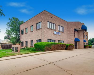 Downtown Louisville Office For Lease