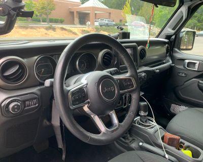 Washington - 2020 Jeep Gladiator Sport S w/ MODS
