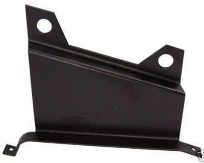 Bracket A/c Duct To Steering, Replaces Gm# 3840767 1963-66 Corvette [41-1070]