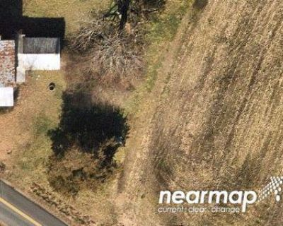 Preforeclosure Property in Carrollton, VA 23314 - Cove T 19