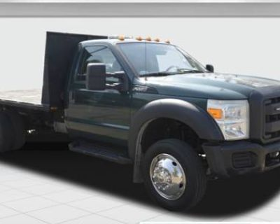 2012 Ford Super Duty F-550 Chassis Cab XL