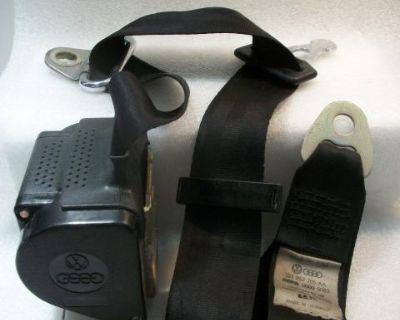 Three Point Front Seat Belt Dasher