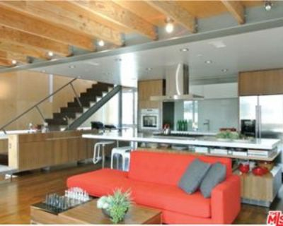 724 Superba Ave #1-2, Los Angeles, CA 90291 2 Bedroom Apartment