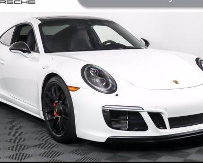 2018 Porsche 911 Carrera GTS