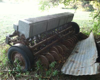 Farm Grain-Drill to Plant Grains and Grass