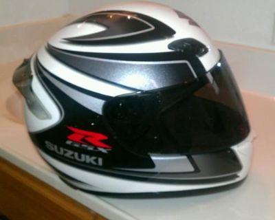Shoei Rf-1000 Motorcycle Helmet Suzuki Gsxr Hayabusa