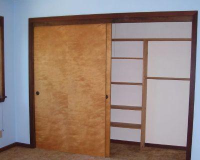Private room with shared bathroom - Cotati , CA 94931