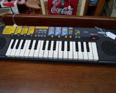 $22 Yamaha Keyboard PSS-14 (beginners)