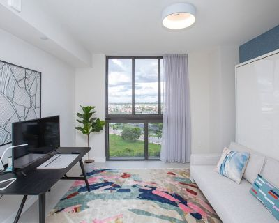 Luxury Studio Apartment in Downtown Doral - Downtown Doral
