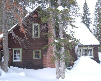 Brighton Sunset Cabin: Walk to Lifts - Salt Lake Mountain Resorts