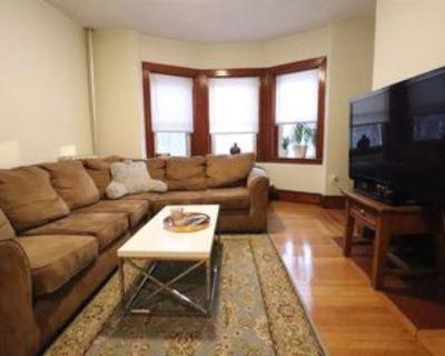 163 Summer St #22, Somerville, MA 02143 4 Bedroom Apartment