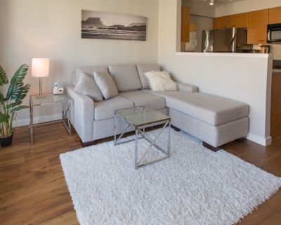 Fantastic Location, Comfortable Suite With Business Centre, Smart TV and Netflix - Downtown Victoria