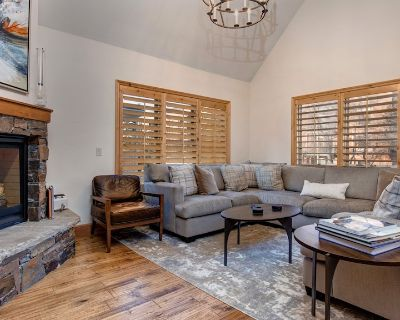 Amazing Old Town Home, Walk to Lift and Main Street. Private Hot Tub! - Downtown Park City