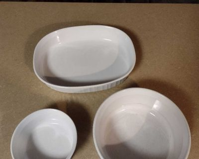 3 pieces of Corning Ware