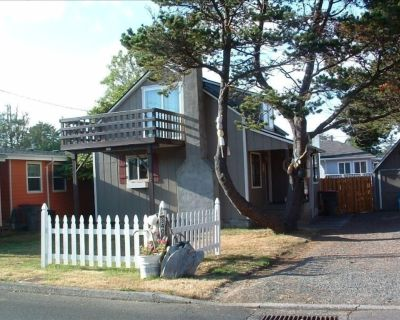 Super Cute. Close to Beach. Easy walking distance to Downtown. - Seaside