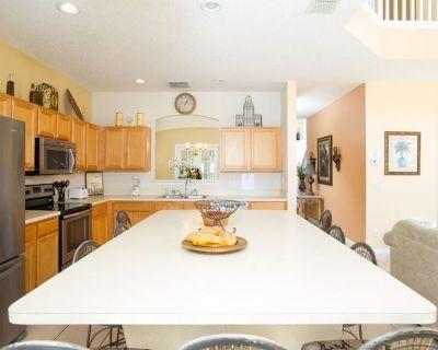 Luxury VIlla Resort 7 Bedroom + 4 KING Master Suites and pool near Disney! - Four Corners
