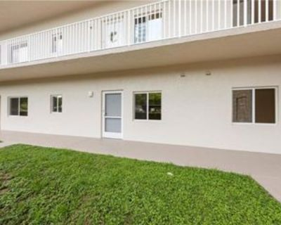 14831 Park Lake Dr #105, Fort Myers, FL 33919 1 Bedroom Condo