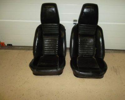 1969 Triumph Tr6 Seats Rare Folding Head Rests